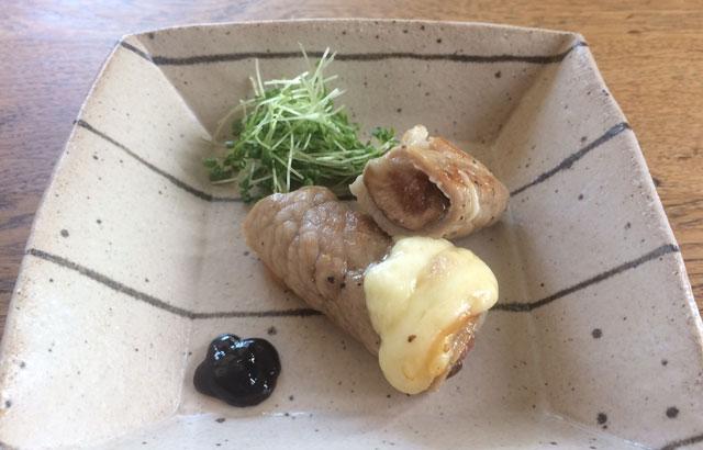イチジクとチーズの肉巻き